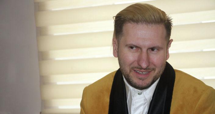 Продюсер словацкой киностудии LECA Production Андрей Антонио Лека во время встречи с министром культуры
