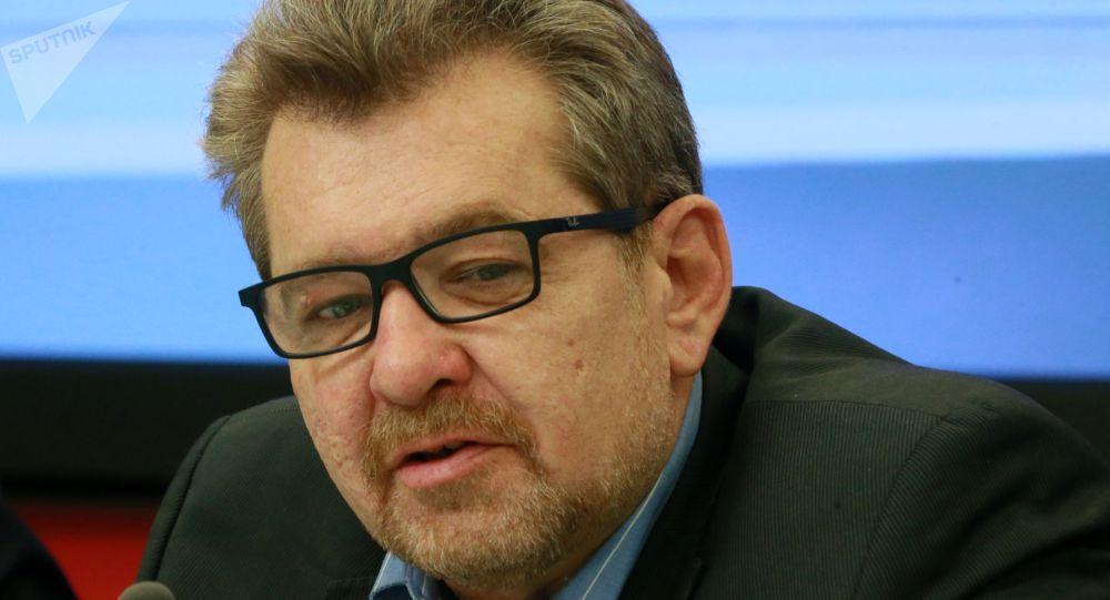 Заведующий отделом Средней Азии и Казахстана Института стран СНГ Андрей Грозин. Архивное фото
