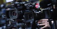 Журналисты ведут съемку. Архивное фото