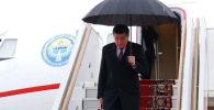 Президент Сооронбай Жээнбеков бүгүн, 27-февралда, эки күндүк иш сапары менен Россиянын борбору Москва шаарына келип түштү.