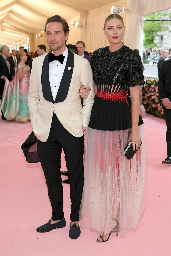 Мария Шарапова и ее бойфренд Александер Гилкес на The 2019 Met Gala Celebrating Camp, 2019 год