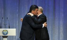 Кыргызстан жана Россиянын президенттери Сооронбай Жээнбеков менен Владимир Путин эки өлкөнүн кайчылаш жылын расмий ачты