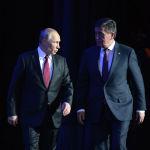 Кремль сарайында президенттер Сооронбай Жээнбеков менен Владимир Путин эки өлкөнүн эриш-аркак жылына старт берди