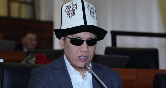 Депутат ЖК Дастан Бекешов на заседании