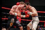 Кыргызстанский боксер Акжол Сулайманбек уулу проиграл бой за титул чемпиона WBA Gold. Опубликовано видео поединка, закончившегося жестким нокаутом.