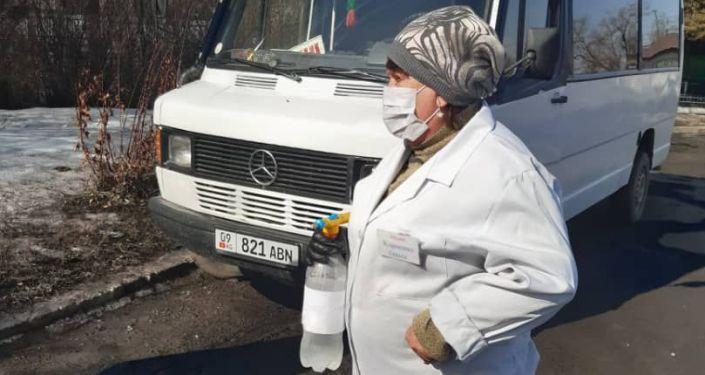 Министерство транспорта и дорог КР проводит разъяснительную работу среди водителей по профилактике ОРВИ и короновируса