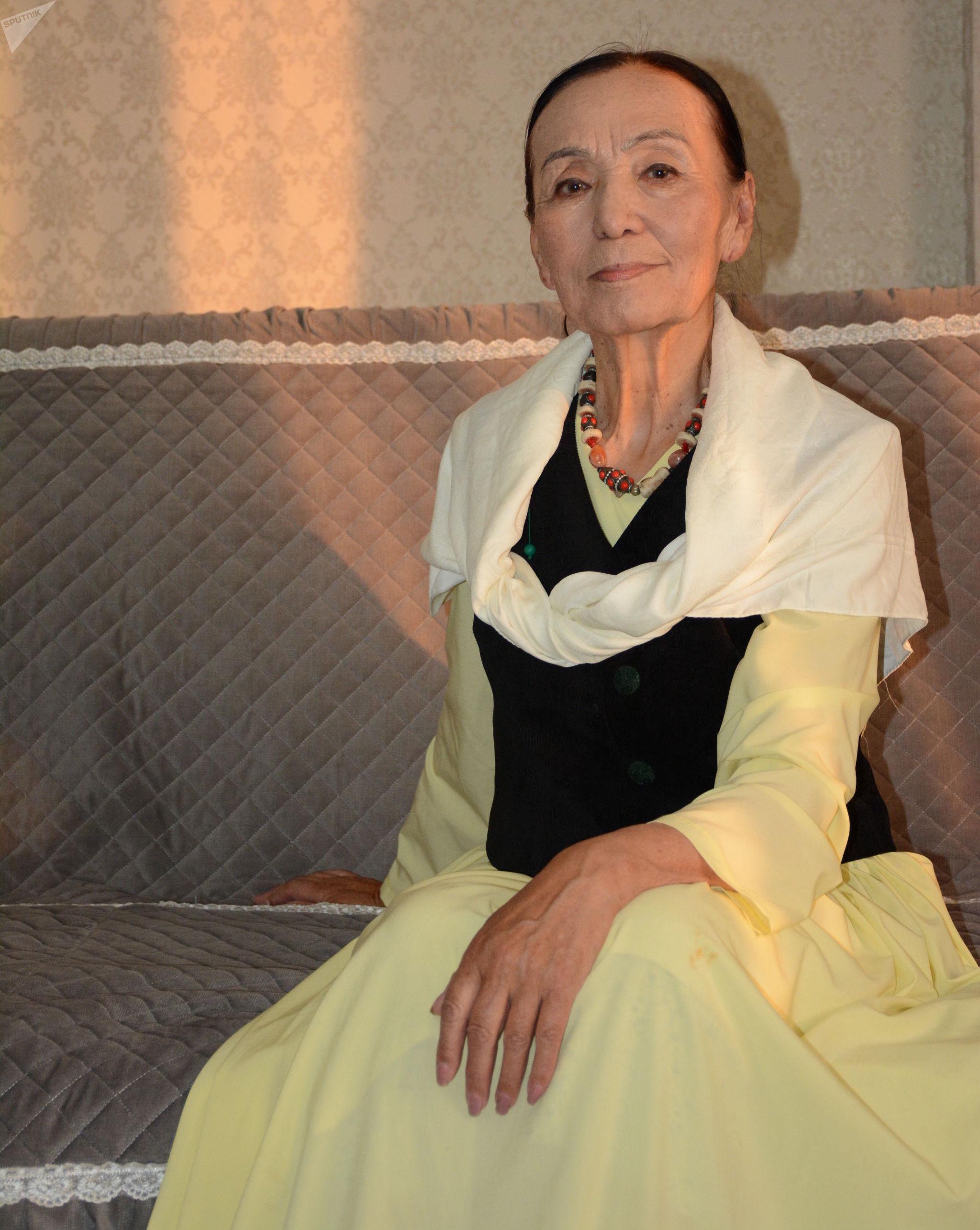 Актриса театра и кино, народная артистка КР Джамал Сейдакматова