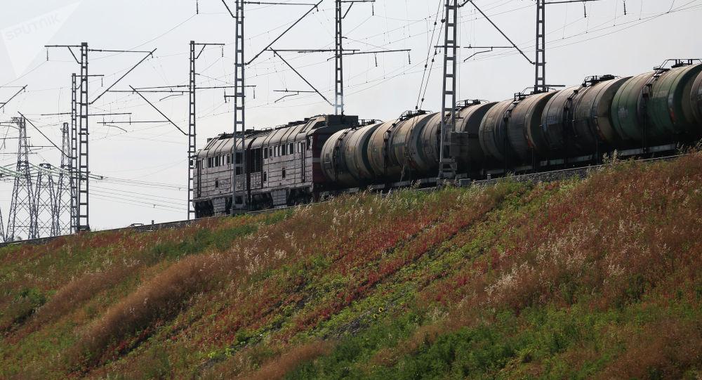 Товардык поезд. Архив