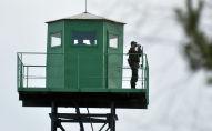 Пограничная вышка наблюдения на границе. Архивное фото