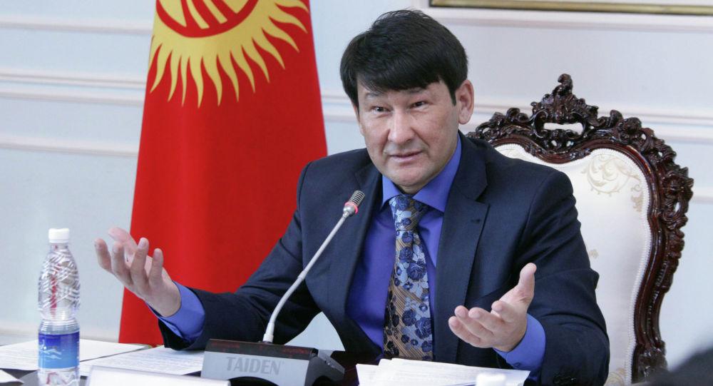 Президенттин Жогорку Кеңештеги өкүлү Анарбек Калматов. Архив