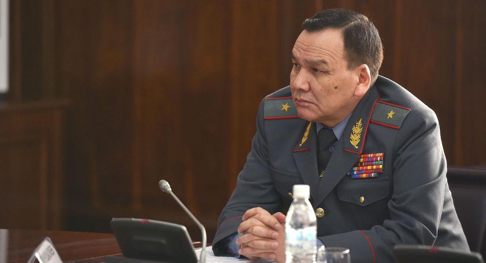 Бывший министр внутренних дел Кашкар Джунушалиев. Архивное фото
