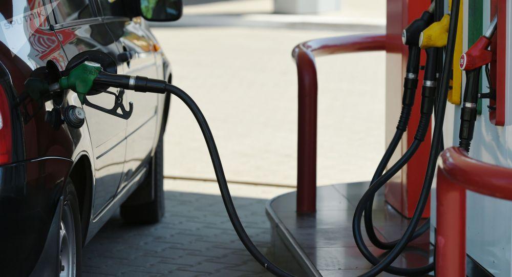 Бензин куйгуч станциясы. Архив