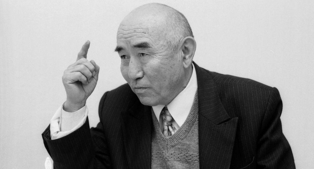 Кыргыздын генийи аталган белгилүү адабиятчы, сынчы, котормочу, окумуштуу, мамлекеттик жана коомдук ишмер Салижан Жигитов