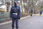 В Алматы оцепили высотные дома, где проживают граждане, зараженные коронавирусом. В данный момент достоверно известно об оцеплении как минимум четырех зданий.