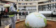 Алжирде коронавируска каршы дезинфекция иштерин өткөрүү. Архивдик сүрөт