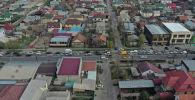 Центральную часть столицы перекрыли для дезинфекции. На границах карантинной зоны образовались пробки. Мы сняли на видео, что происходит на улицах.