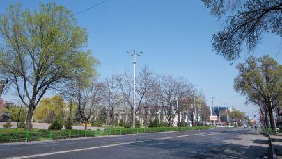 Бишкектеги көчө бош калган өзгөчө абал үчүн. Архив