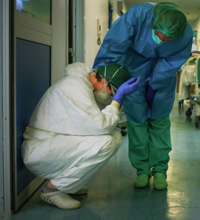 Медсестры в больнице в Милане, Италия