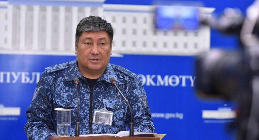 Бишкек шаарынын коменданты Алмазбек Орозалиев. Архивдик сүрөт