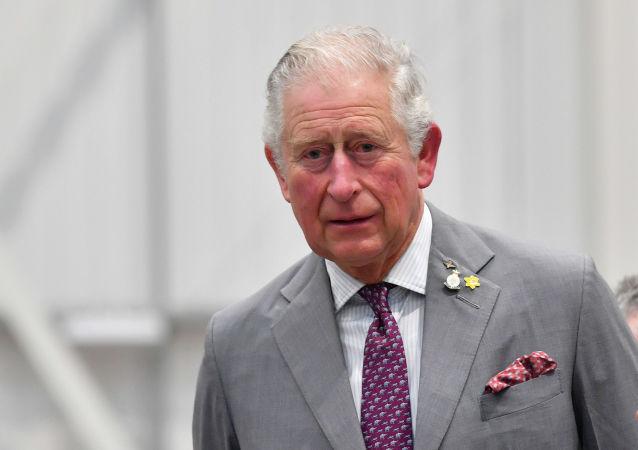 Сын королевы Великобритании принц Чарльз во время посещения завода поездов CAF в Ньюпорте, Уэльс, 21 февраля 2020 год