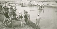 Жители Чуйской долины во время строительства Большого Чуйского канала. Архивное фото