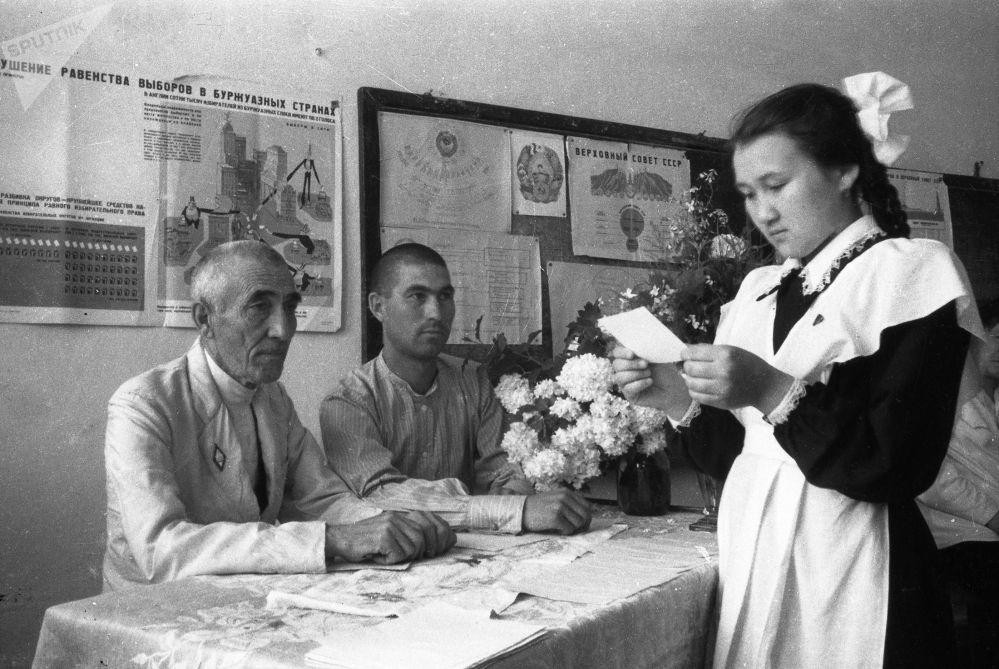 Советтер Союзунун экзамендик системасы дүйнөдөгү эң мыкты система болуп эсептелген