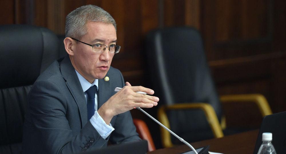 Вице-премьер-министр КР Эркин Асрандиев. Архивное фото