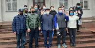 Баткен жана Ош облустарындагы дарыгерлерге жардам берүү үчүн Бишкектен медиктердин дагы бир бригадасы жөнөп кетти.