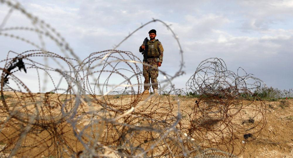 Военнослужащий Афганской национальной армии. Архивное фото