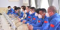 Вице-премьер-министр Кыргызской Республики Аида Исмаилова встретилась с членами делегации медицинской экспертной группы Китайской Народной Республики.
