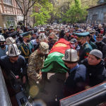 Иманалиева похоронили на Ала-Арчинском кладбище в Бишкеке
