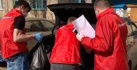 Российский волонтер рассказал, каково быть на передовой во время пандемии и чем он с коллегами занимается каждый день.