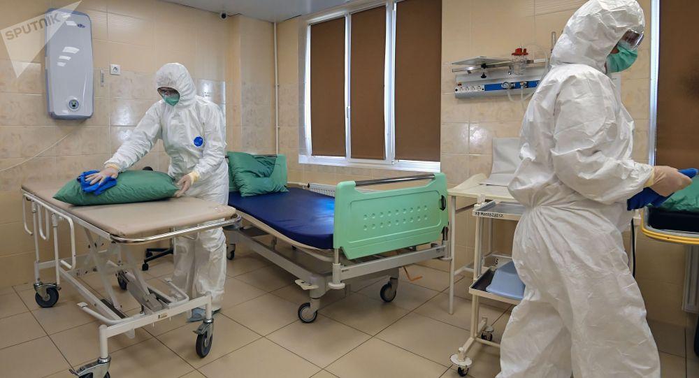 Дезинфекция больницы. Архивное фото