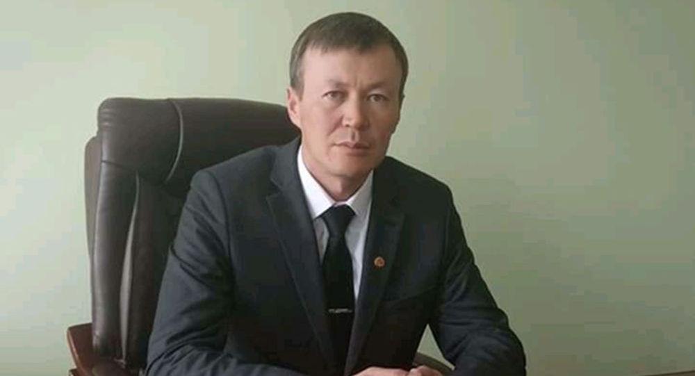 Ат-Башы районунун акими Нурбек Сатаров