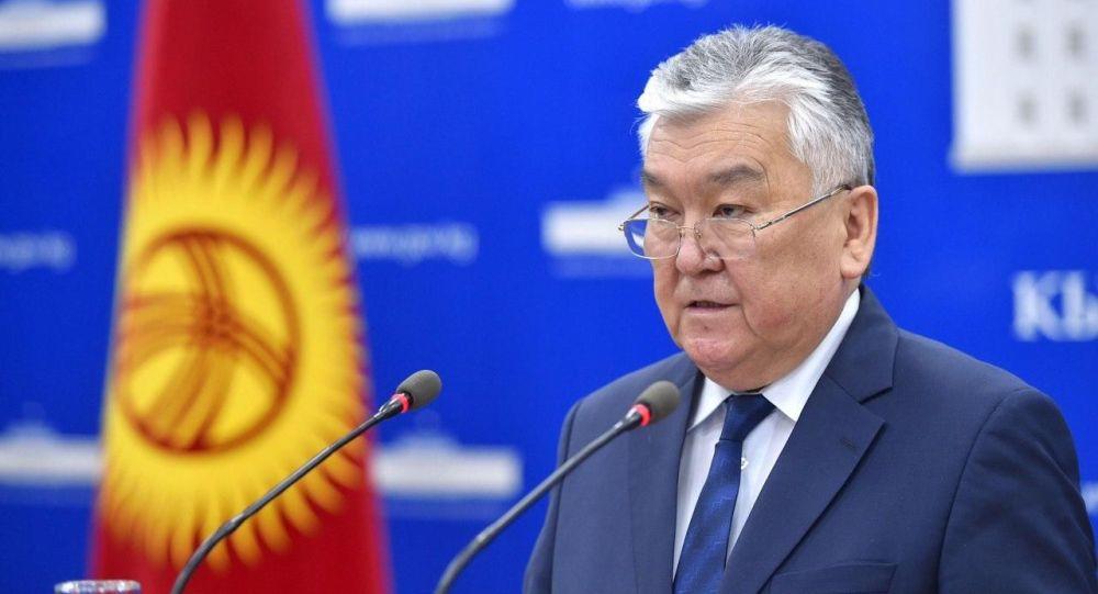 Саламаттык сактоо министри Сабиржан Абдикаримов. Архив