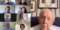Ветеран Второй мировой войны Том Мур вместе с британским певцом Майклом Боллом и хором Национальной службы здравоохранения Великобритании перепел известную композицию Youll Never Walk Alone (Ты никогда не будешь одинок).