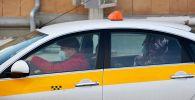 Пассажир в такси. Архивное фото