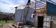 Последствия смерча в Лейлекском районе Баткенской области.