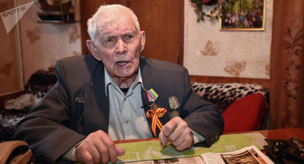Ветерана Великой Отечественной войны, кыргызстанец Василий Мандрыкин