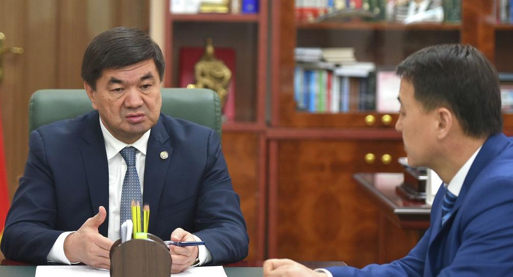 Премьер-министр Мухаммедкалый Абылгазиев провел совещание, где были рассмотрены вопросы, связанные с ликвидацией последствий селевых потоков в городе Исфана Баткенской области