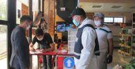Ошто 1-майдан тарта ишин жанданткан 53 ишкана санитардык-карантиндик талаптарды толук аткарбаганы үчүн кайрадан жабылды