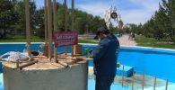 Муниципальные работники очистили фонтаны и отремонтировали все механизмы