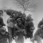 Взятые советскими войсками пленные направляются в тыл. Второй Украинский фронт.