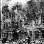 Артиллерийский обстрел на улице Маяковского в Ленинграде