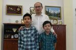 Министр юстиции Кыргызстана Марат Джаманкулов и его сыновья присоединились к проекту Sputnik Фронтовая перекличка.
