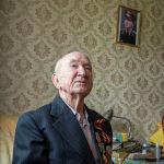 В Кыргызстане сегодня проживает 234 ветерана ВОВ. Кроме пособий, им в этом году выплатили по 75 тысяч сомов в виде единовременной помощи.