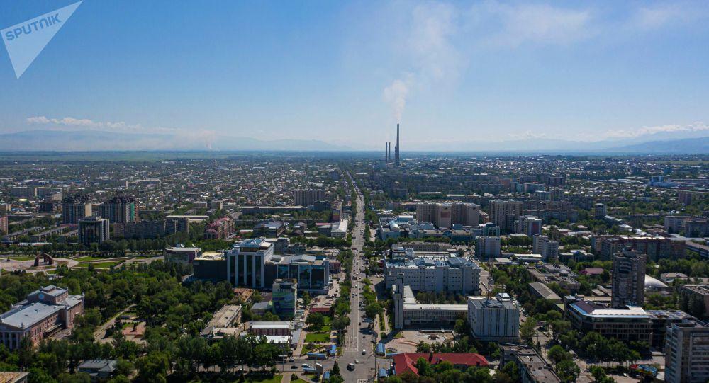 Вид с дрона на город Бишкек. Архивное фото