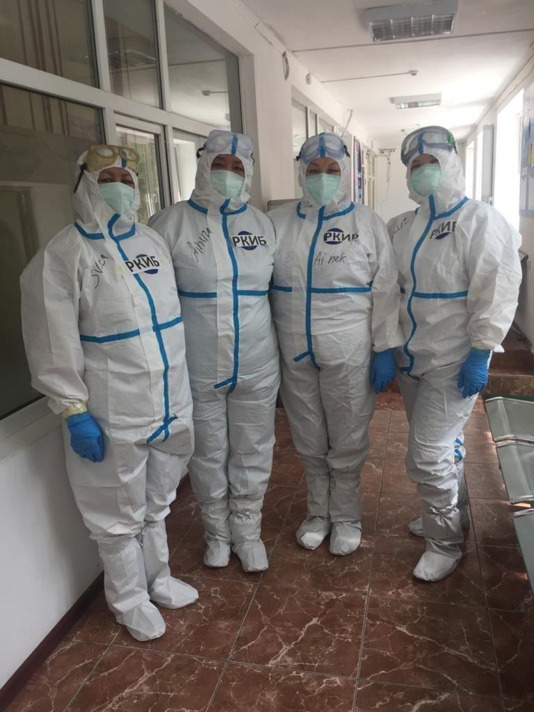 Медсестра в Республиканской клинической инфекционной больнице (РКИБ) Жакут Орозалиева