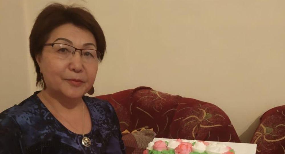Скончавшейся от коронавируса отличник здравоохранения КР, врач высшей категории Жузумкан Кокумбаева. Архивное фото