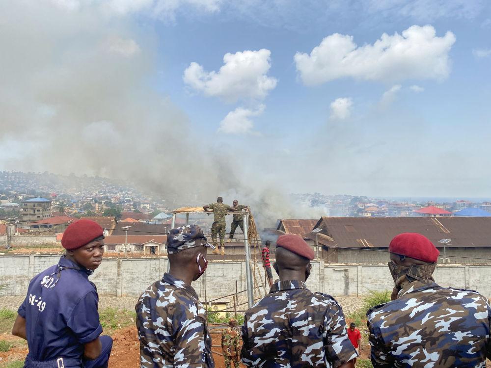 Беспорядки произошли и в мужском исправительном центре во Фритауне (Сьерра-Леоне)